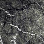 Naturstein, Weichgestein, schwarz, grau mit starker Aderung
