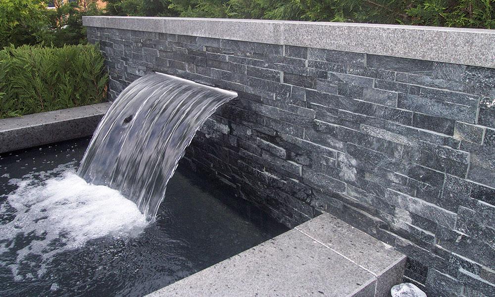 Verblendsteine au en naturstein dora verblender riemchen for Naturstein wandverblender